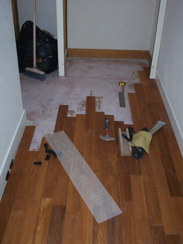 Pose de parquet for Poser du carrelage sur carrelage