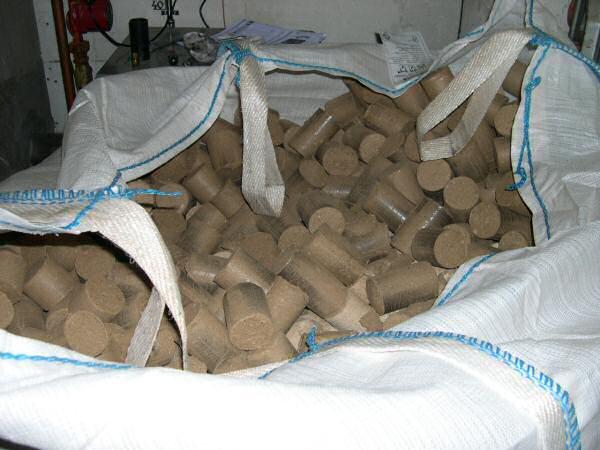 Informations combustibles Part 2 # Briquette Bois Compressé Castorama